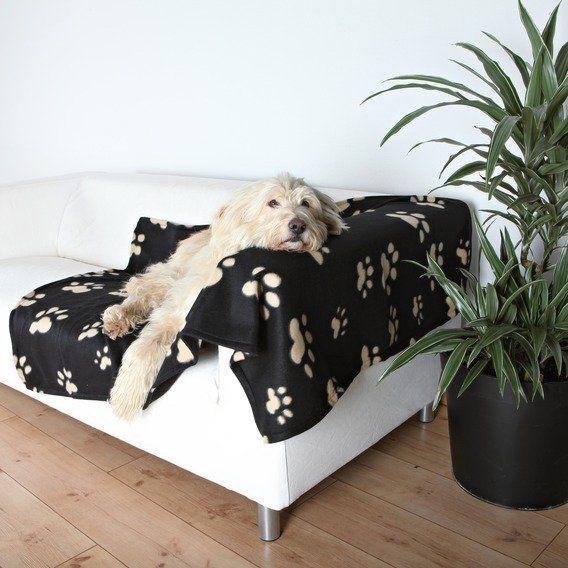 Deka pro psa 150x100cm fleece Černá s béžovými tlapkami Trixie
